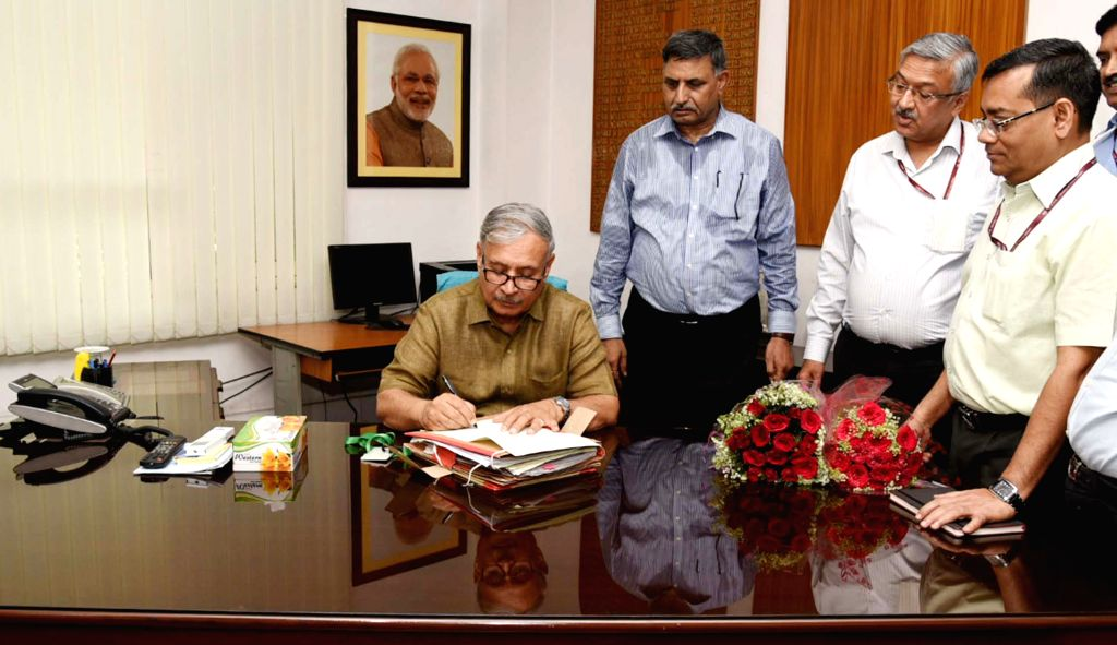Rao Inderjit Singh takes charge as the Minister of State for Planning (Independent Charge), in New Delhi on June 3, 2019. - Rao Inderjit Singh