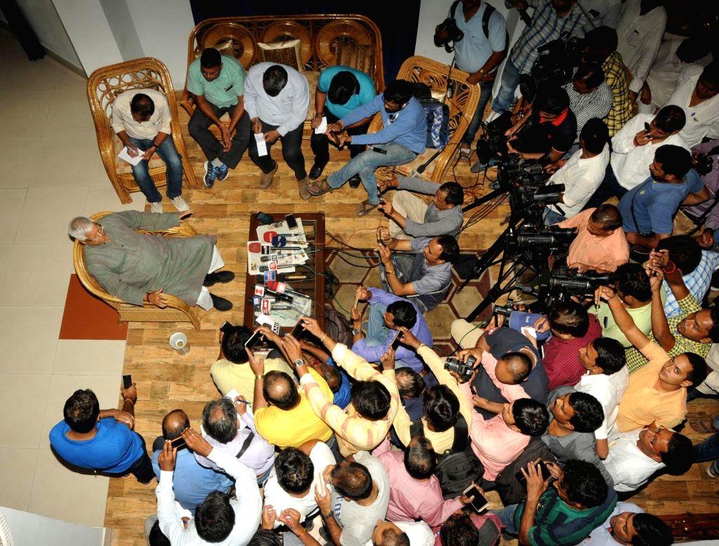 Rashtriya Janata Dal (RJD) chief Lalu Prasad Yadav addresses a press conference. (File Photo: IANS) - Lalu Prasad Yadav