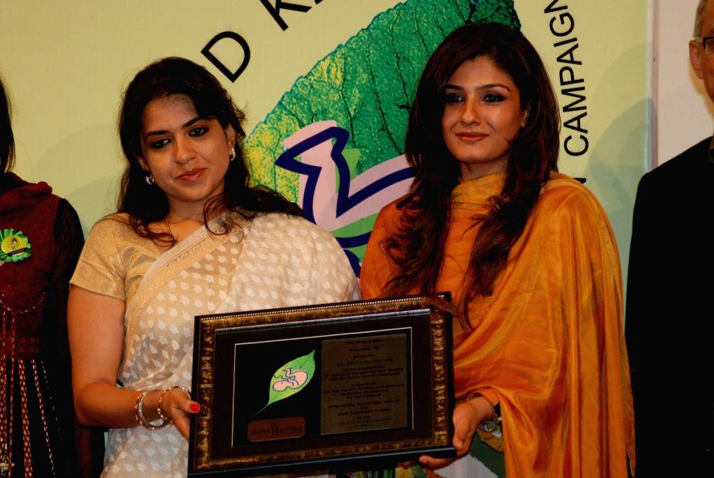 Raveena Tandon at Folic Acid Ki Jai campaign launch