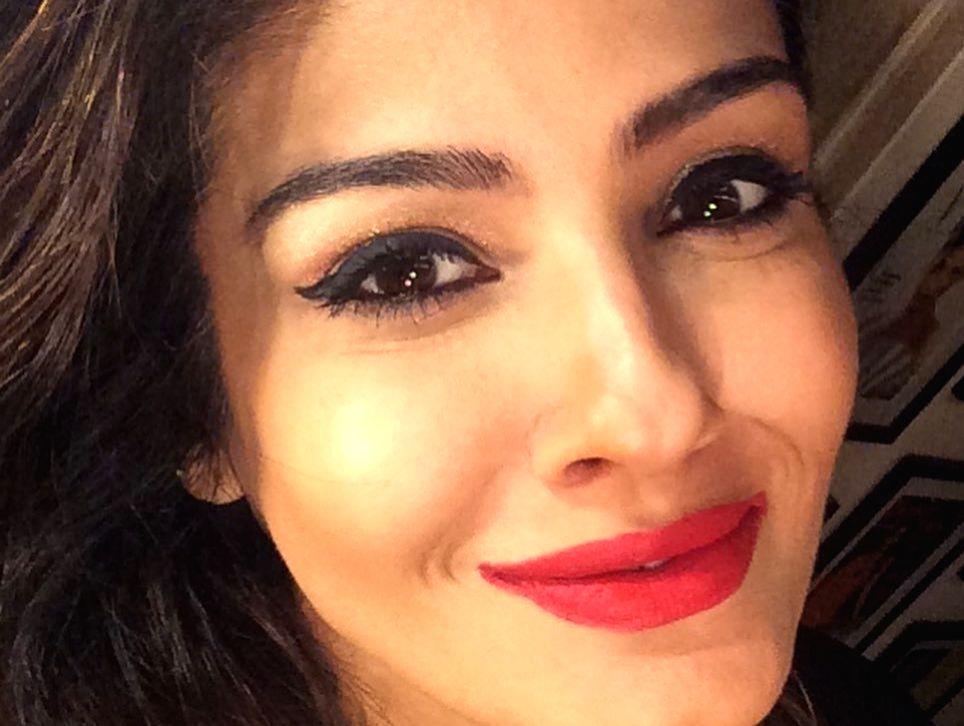 Raveena Tandon: Missing a bit of the red lipstick action.(photo:instagram) - Raveena Tandon