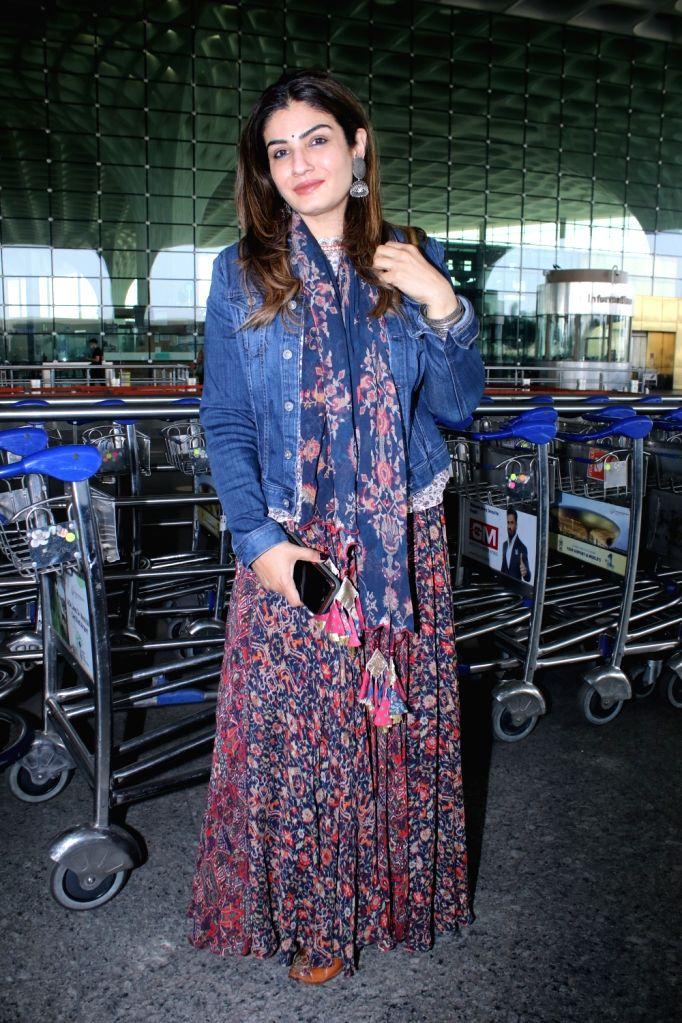 Raveena Tandon Spotted at Airport Departure on Saturday 06th March, 2021. - Raveena Tandon