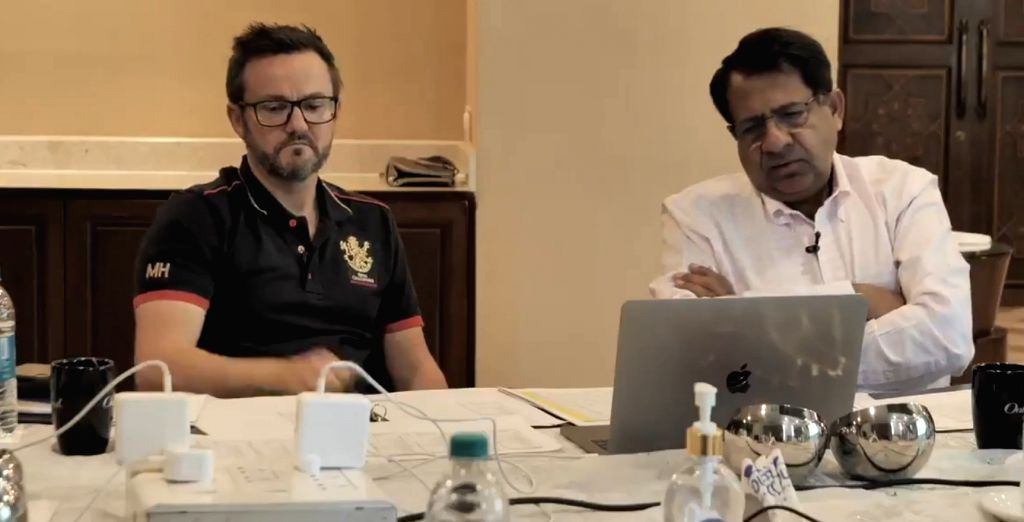 RCB show how they planned Maxwell bid in video (Credit: @RCBTweets/Twitter)