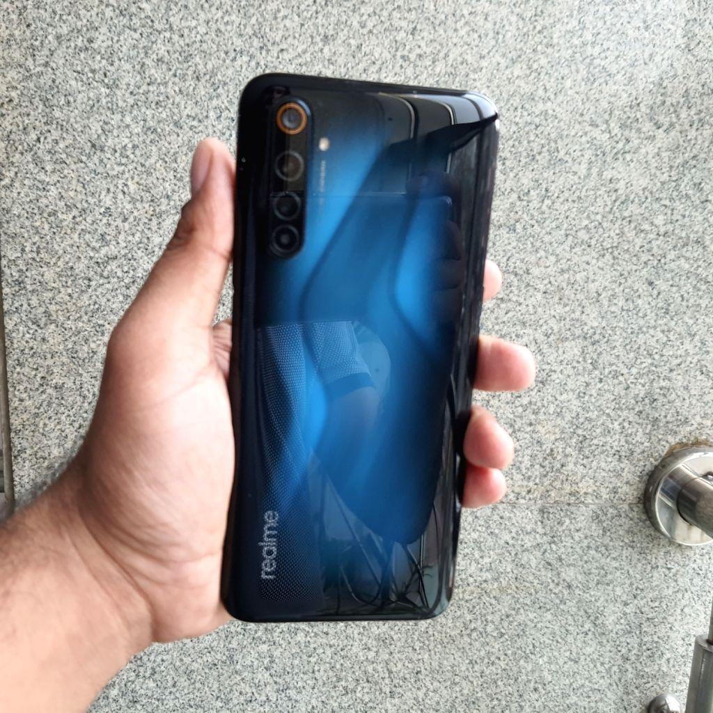 Realme 6 Pro smartphone.