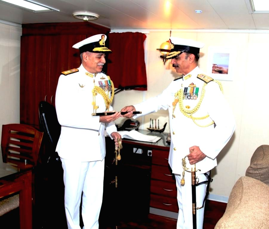 Rear Admiral Ravneet Singh hand over the Command of Western Fleet to Rear Admiral RB Pandit in Mumbai on Oct 15, 2016. - Admiral Ravneet Singh
