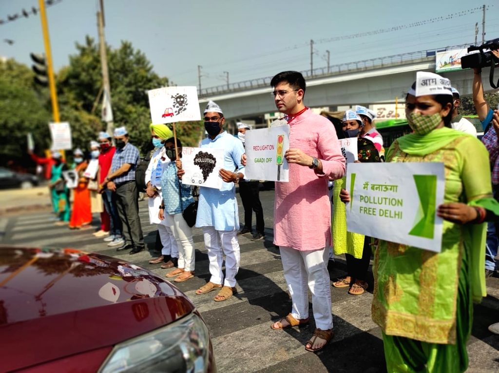 Red light on, car off' campaign of Delhi government