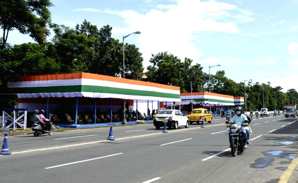Red Road all decked up for 74th Independence Day celebrations 2020, in Kolkata on Aug 14, 2020.
