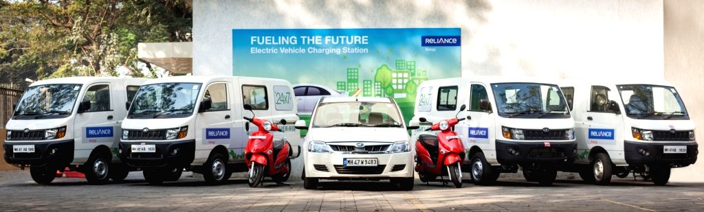Reliance Energy gets 18 electric vehicles to combat pollution.