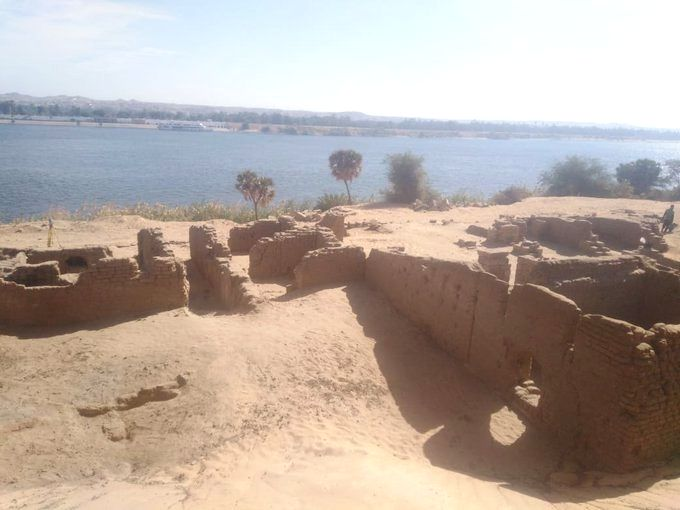 Remains of Roman fort unearthed in Egypt's Aswan (Credit: twitter.com/DailyNewsEgypt)