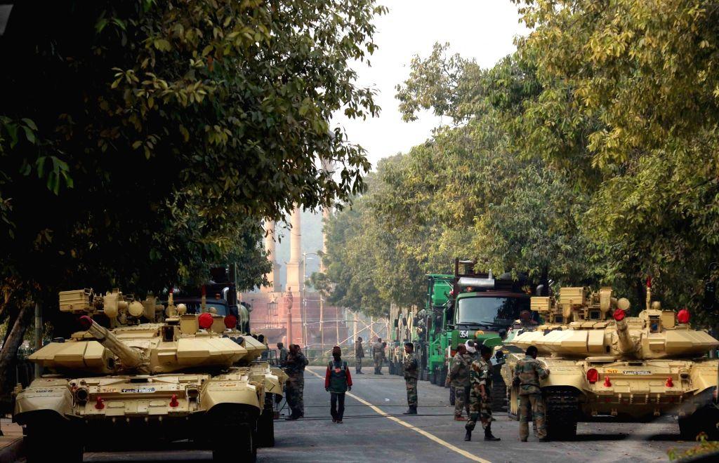 Republic Day rehearsals  underway near India Gate in New Delhi, on Jan 18, 2016.