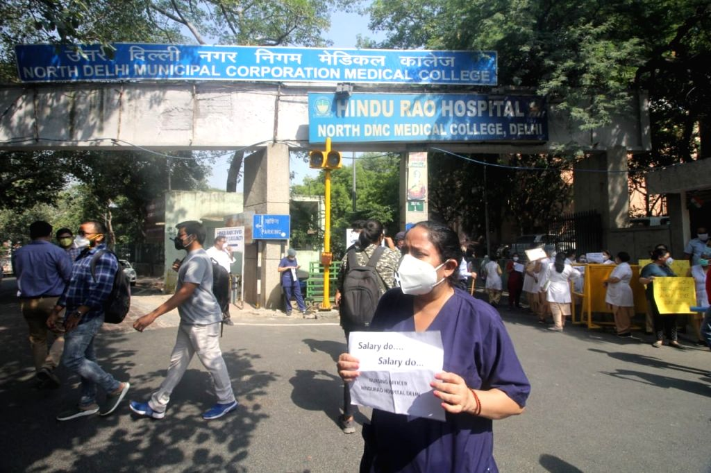 Resident doctors of Hindu Rao Hospital protest alleging non-payment of salaries over the last few months, in New Delhi on Oct 7, 2020. - Rao Hospital