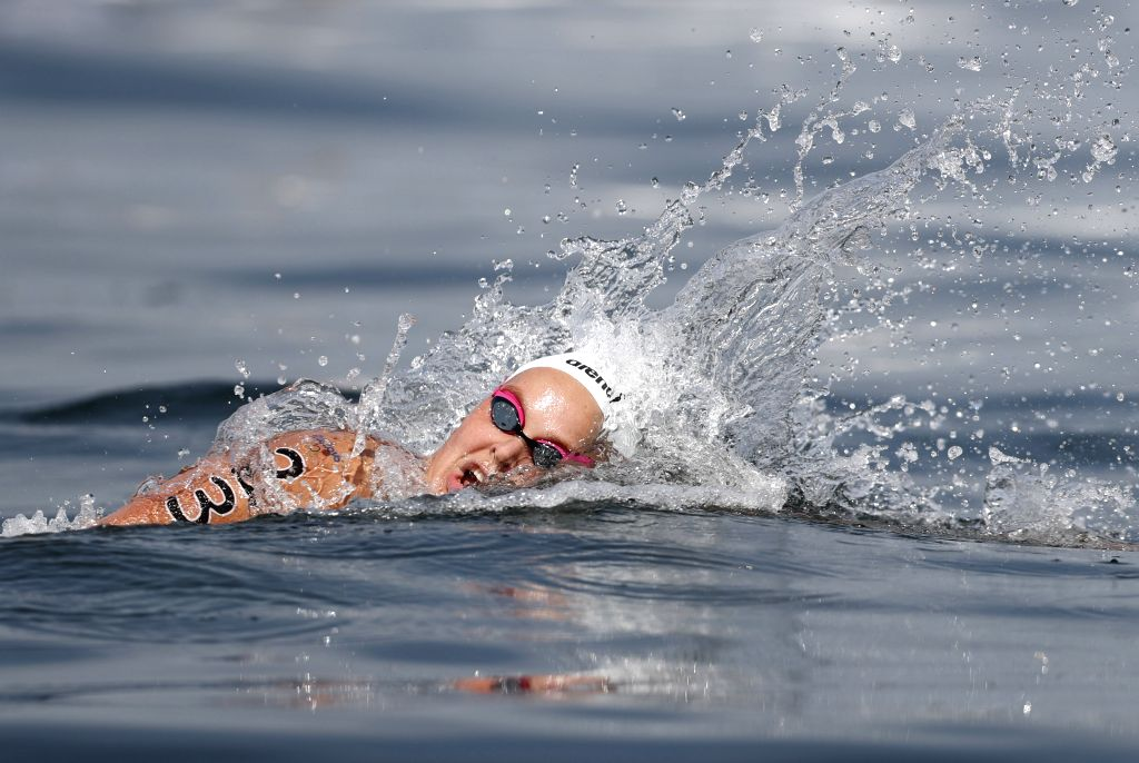 RIO DE JANEIRO, Aug. 15, 2016 - The Netherlands' Sharon Van Rouwendaal competes during the women's 10km Marathon Swimming at the 2016 Rio Olympic Games in Rio de Janeiro, Brazil, on Aug. 15, 2016. ...