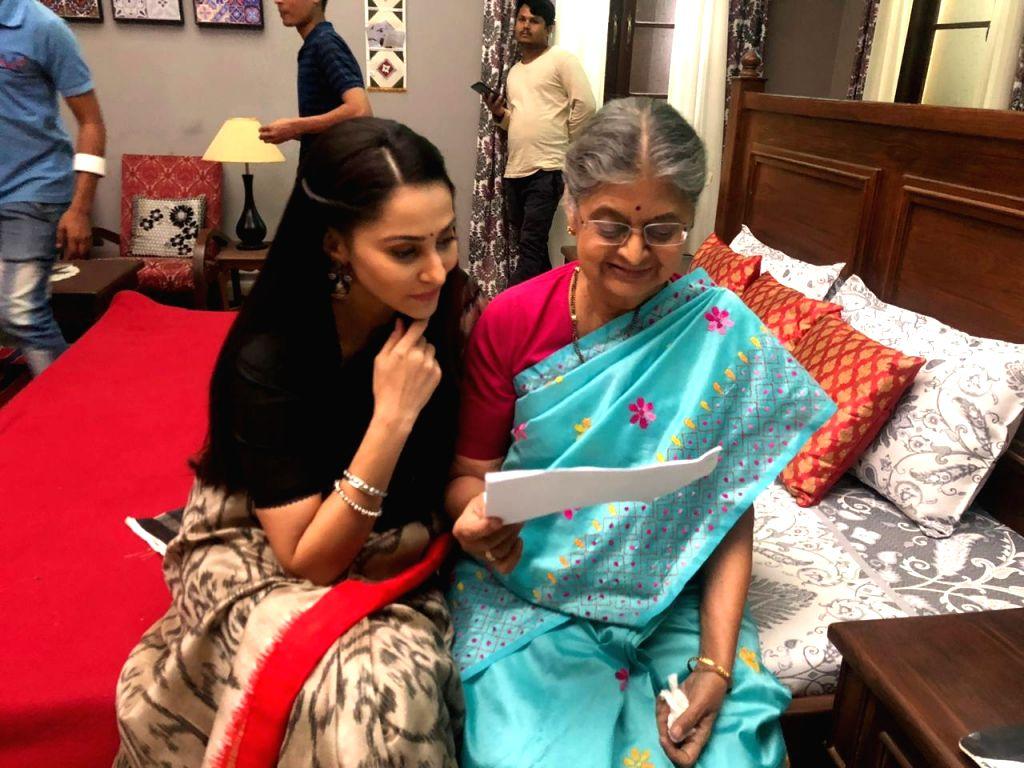 Rishina with Sulbha Arya.