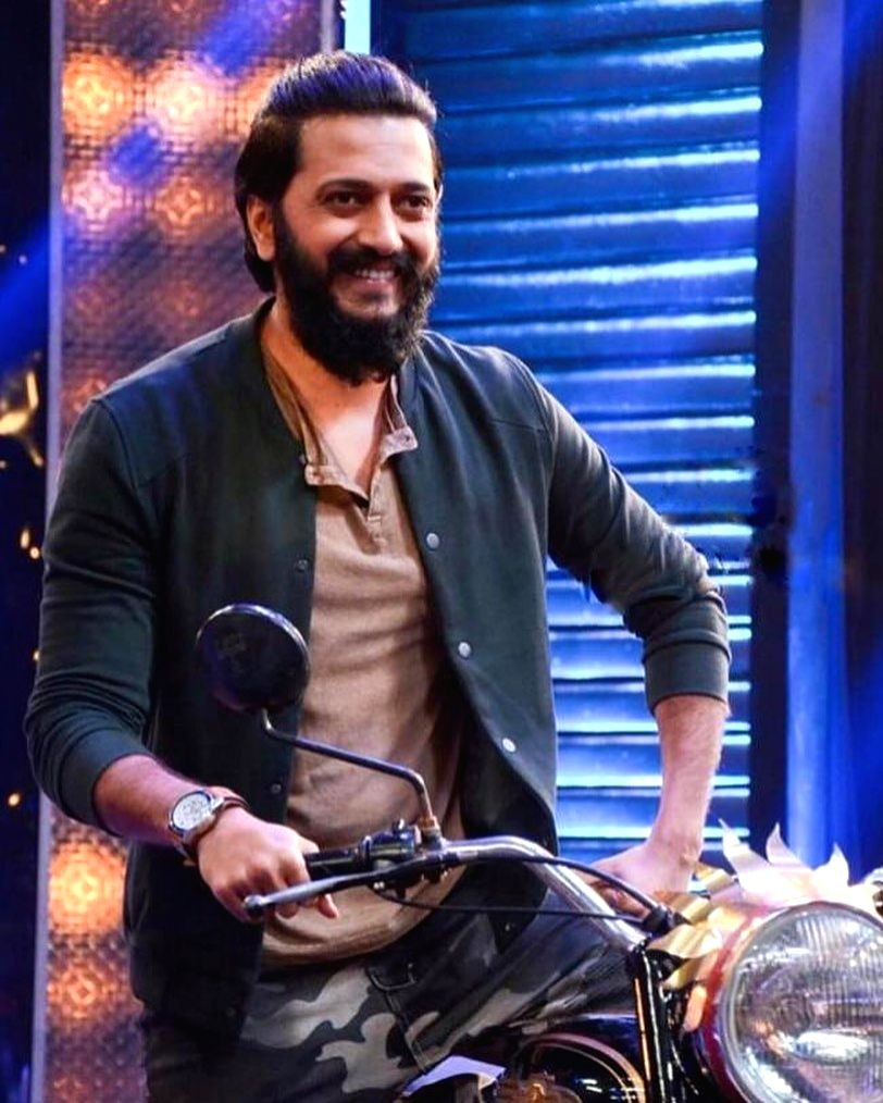 Riteish Deshmukh gives up non-veg food, black coffee, aerated drinks - Riteish Deshmukh