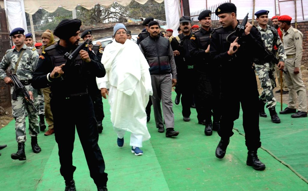 RJD chief Lalu Prasad Yadav arrives to pay tribute to CPI leader A B Bardhan in Patna on Jan 20, 2016. - Lalu Prasad Yadav