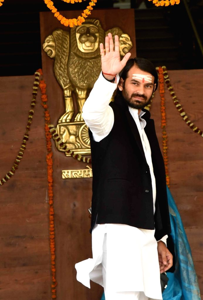 RJD leader Tej Pratap Yadav arrives to attend budget session of Bihar assembly in Patna on Feb 13, 2019. - Tej Pratap Yadav