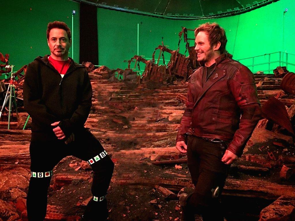 Robert Downey Jr, Mark Ruffalo defend Chris Pratt.