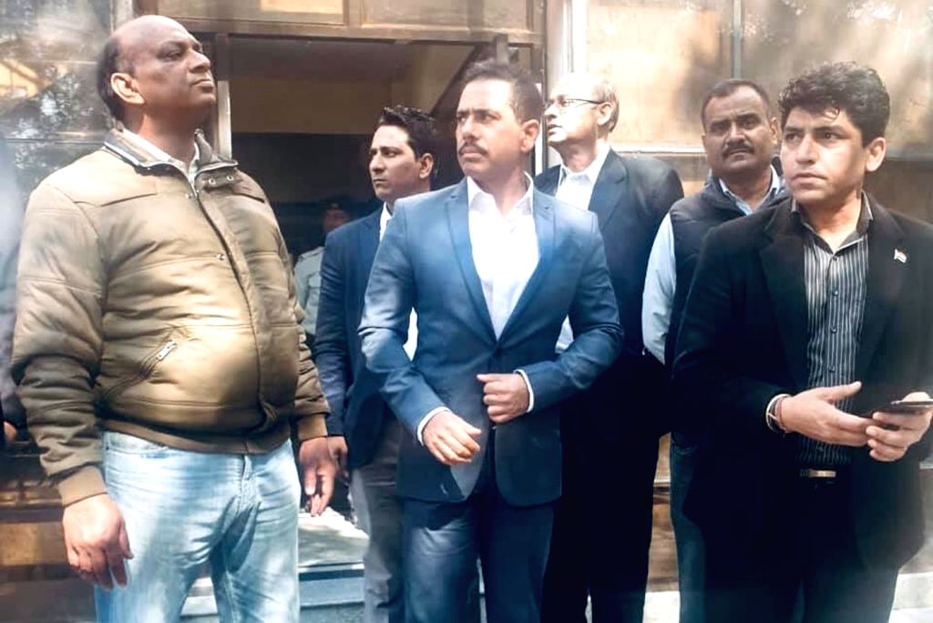 Robert Vadra, brother-in-law of Congress President Rahul Gandhi, took a dig at the fitness of ED officials and shared health and style tips. (Photo: IANS) - Rahul Gandhi