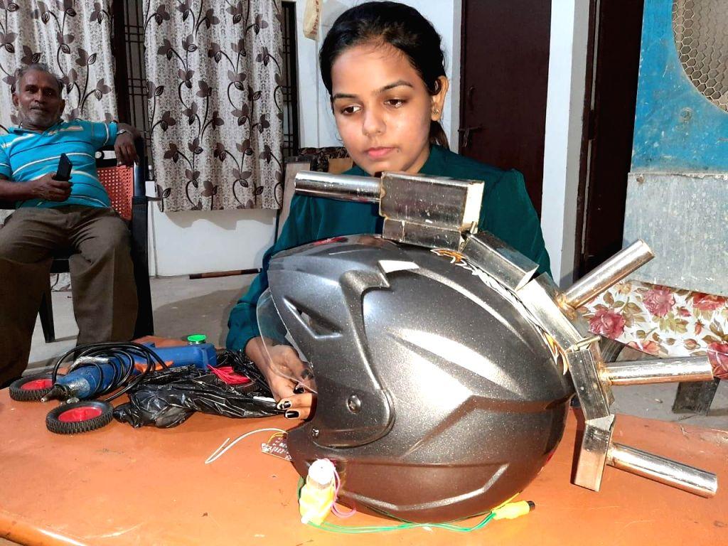 Robo Helmet' developed a Varanasi student.