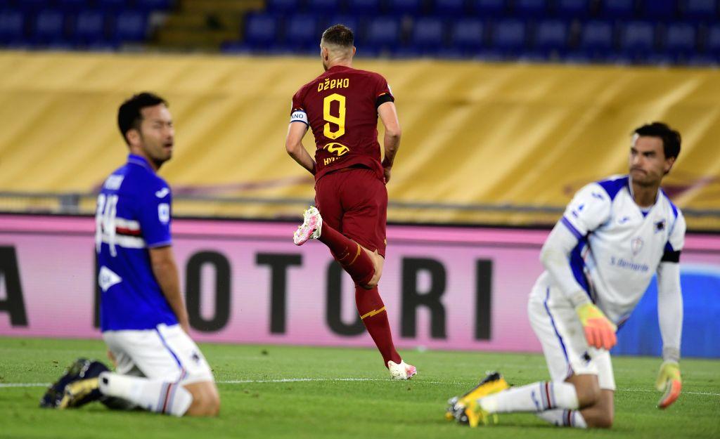 Roma's Edin Dzeko (C) celebrates his goal during a Serie A football match between Roma and Sampdoria in Rome, Italy, June 24, 2020.