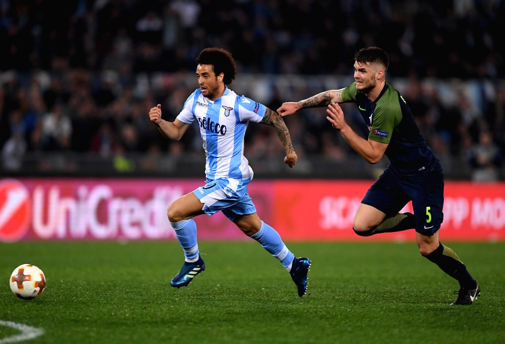 ROME, April 6, 2018 - Lazio's Felipe Anderson competes with Salzburg's Caleta-Car during an Europa League quarter-finals first leg match between Lazio and Salzburg in Rome, Italy, April 5, 2018. ...