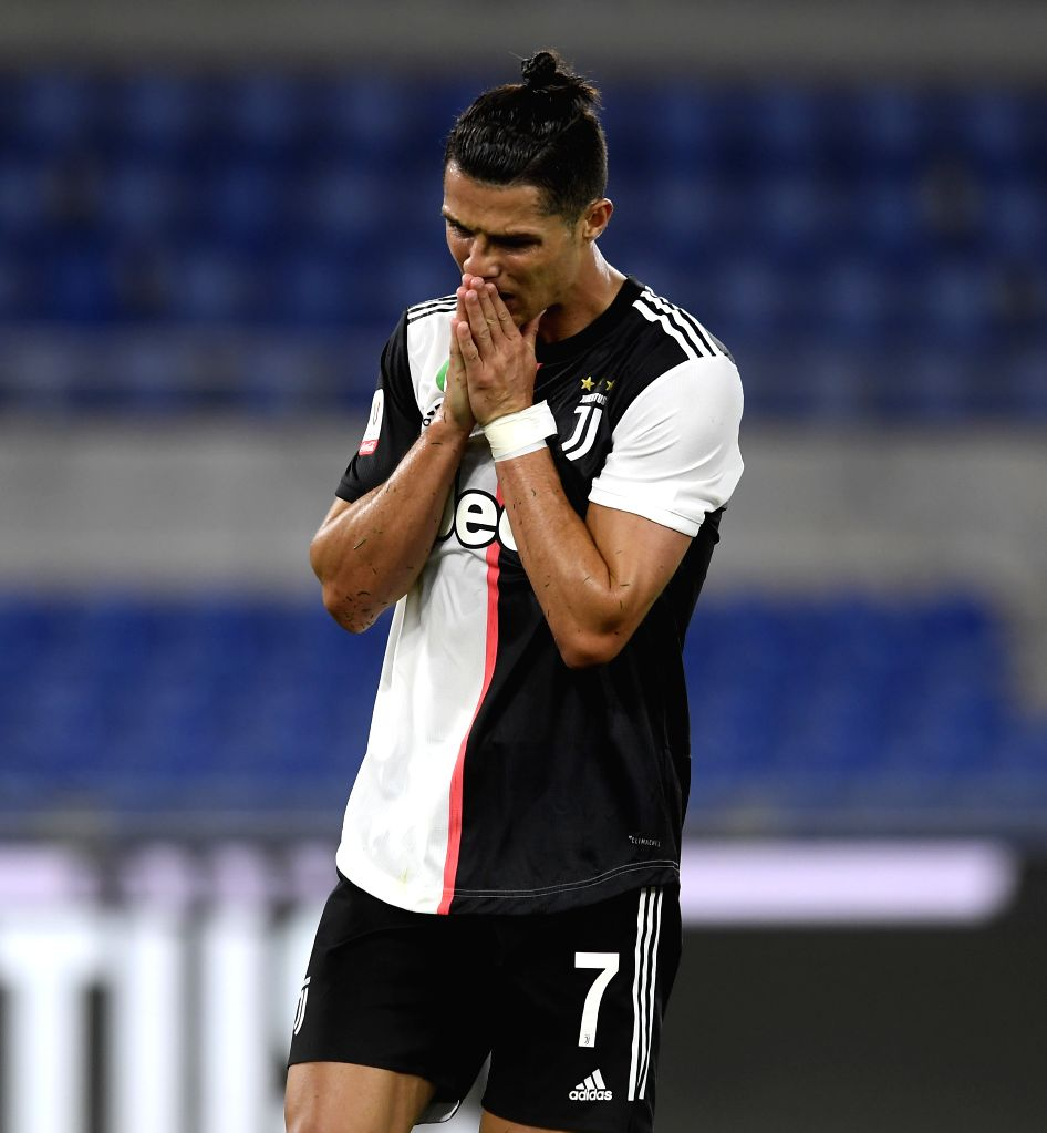Rome, June 19 (IANS) Former Italy striker Luca Toni criticised Juventus forward Cristiano Ronaldo after his team were beaten by Napoli in Coppa Italia final recently.