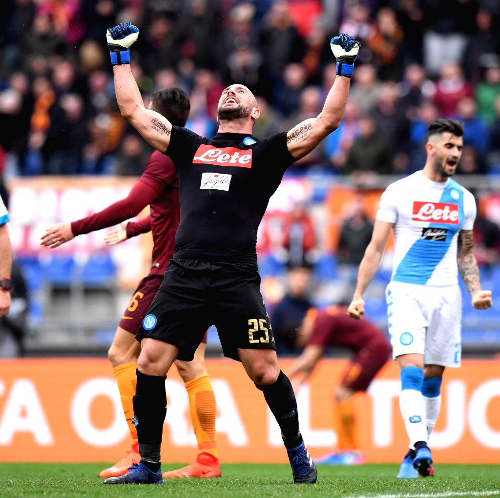 ROME, March 5, 2017 - Napoli's goalkeeper Pepe Reina (C) celebrates after their Italian Serie A football match against Roma in Rome, Italy, March 4, 2017. Roma lost 1-2.