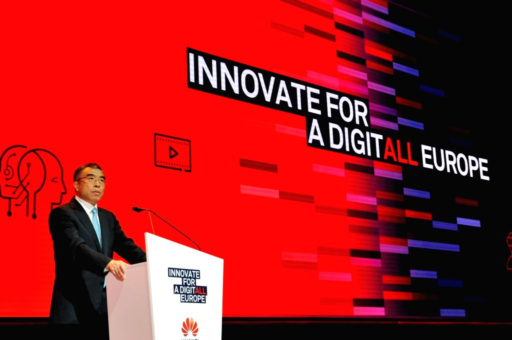 ROME, Nov. 7, 2018 (Xinhua) -- Huawei Chairman Liang Hua delivers a speech during Huawei's European Innovation Day in Rome, Italy, Nov. 7, 2018. Information and communications technology (ICT) experts gathered to discuss innovations in the digital wo