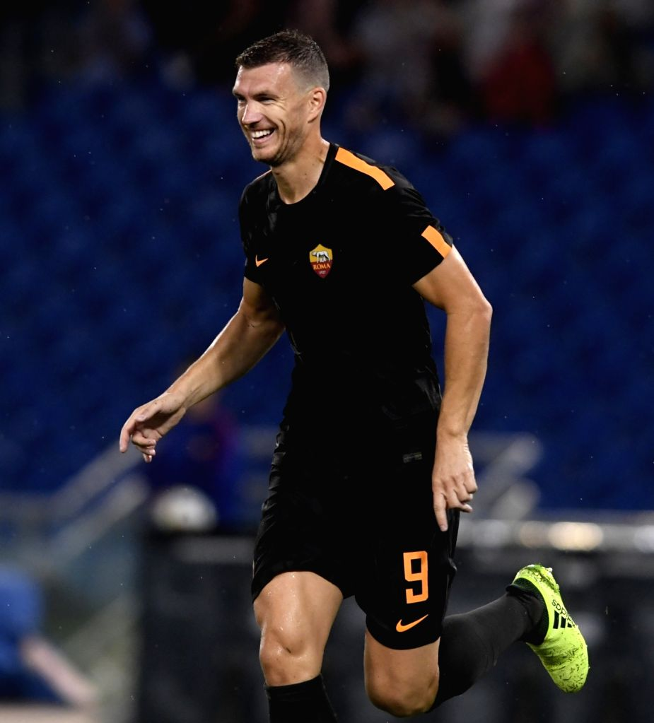 ROME, Sept. 17, 2017 - Roma's Edin Dzeko celebrates after scoring during a Serie A soccer match between Roma and Verona in Rome, Italy, Sept. 16, 2017. Roma won 3-0.