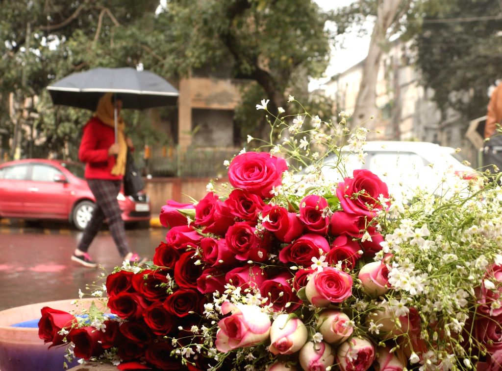 Roses for sale on Valentine's Day in New Delhi, on Feb 14, 2019.