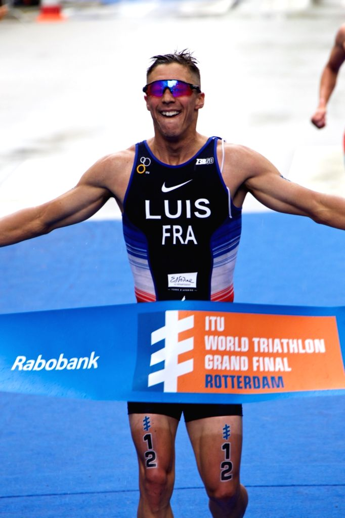 ROTTERDAM, Sept. 17, 2017 - Vincent Luis of France celebrates after winning Elite Men match of the International Triathon Union World Triathlon Final in Rotterdam, the Netherlands, Sept. 16, 2017. ...