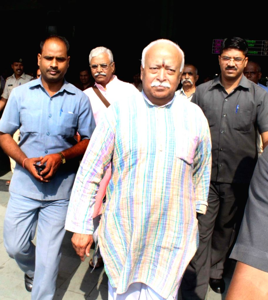 RSS chief Mohan Bhagwat arrives in Bhopal on Oct 7, 2017.