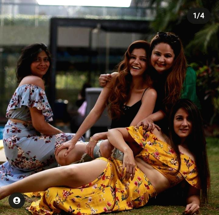 Rubina Dilaik enjoys fun day with friends
