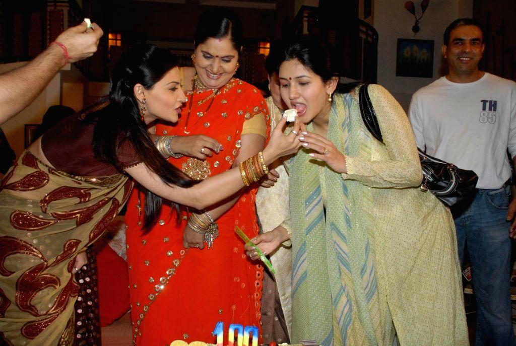 SAB TV's comedy serial 'Main Kab saas banoongi' on location.