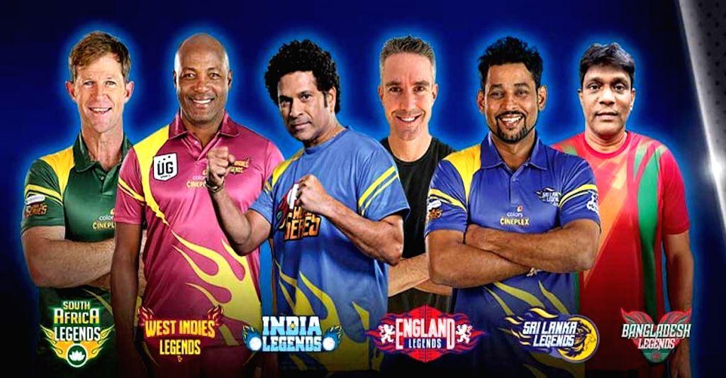 Sachin Tendulkar???s Indian Legends and Bangladesh Legends led by Mohammed Rafique - Sachin Tendulkar