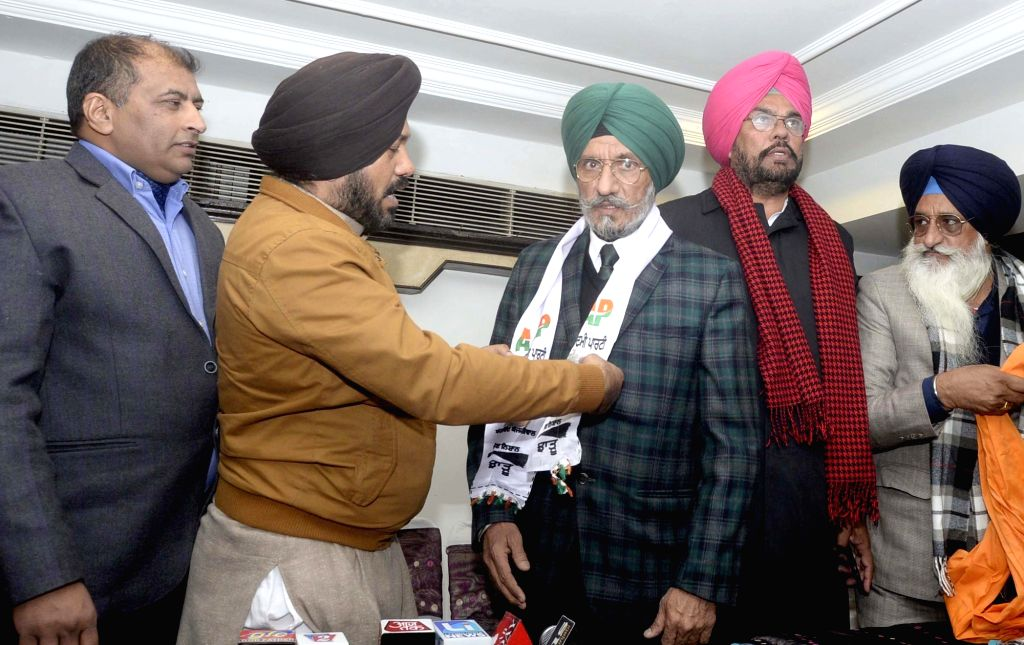 SAD president of Amritsar (Urban) Upkar Singh Sandhu joins AAP in Amritsar on JAn 14, 2017. - Upkar Singh Sandhu