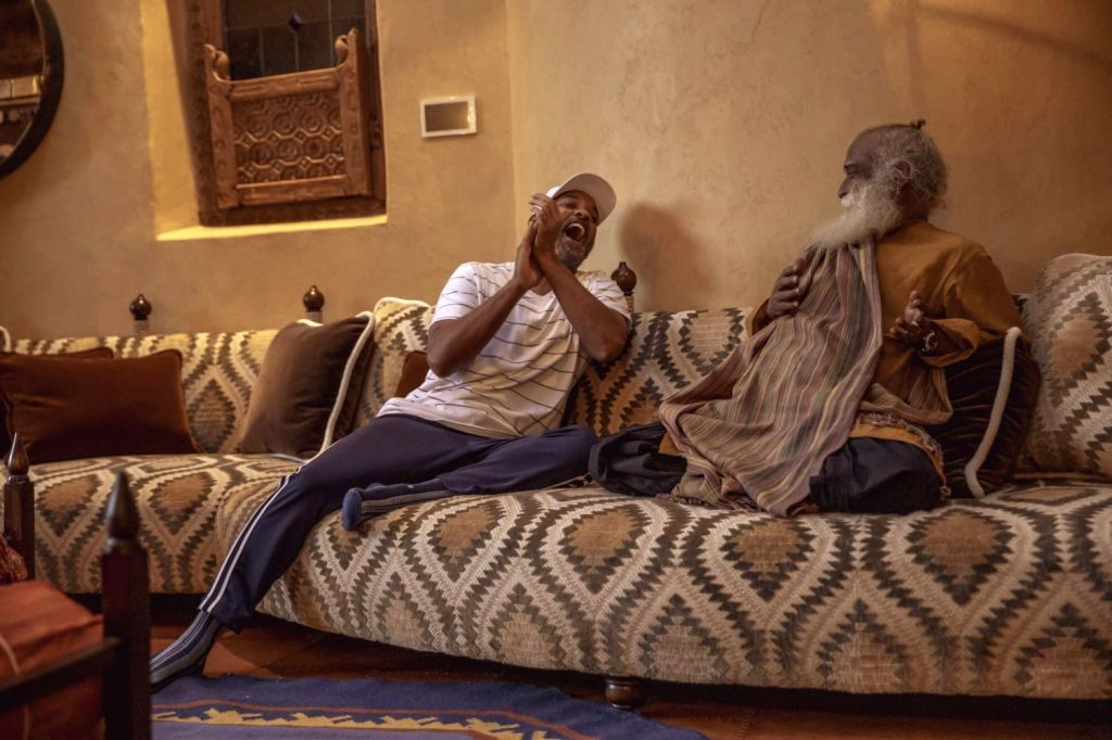 Sadhguru and Will Smith (Photo: Twitter@SadhguruJV)