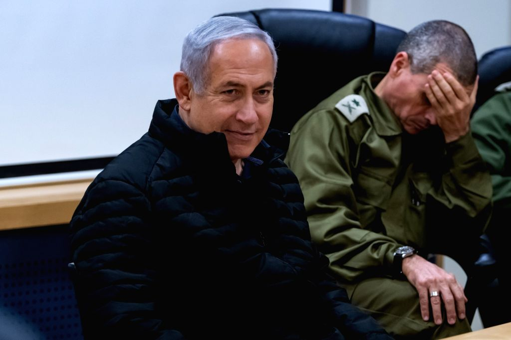 SAFED (ISRAEL), Dec. 11, 2018 Israeli Prime Minister Benjamin Netanyahu (L) is seen during a visit to the Northern Command Base in the northern Israeli town of Safed, on Dec. 11, 2018. ... - Benjamin Netanyahu