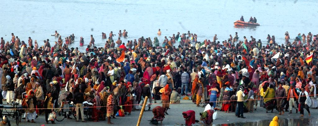 Sagar Island: Devotees takes holy dip at Gangasagar on Makar Sankranti in Sagar Island, West Bengal on Jan 14, 2017.