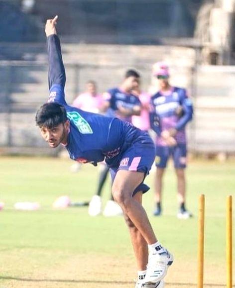 Sakariya: From struggling to meet cricket expenses to IPL stardom