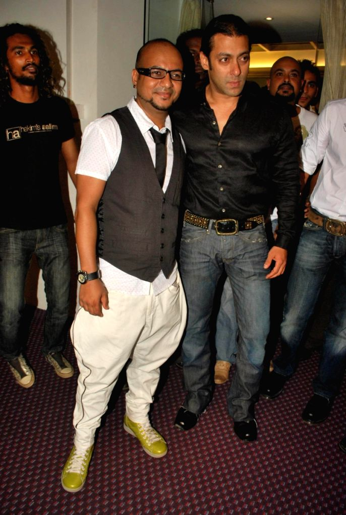 "Salman Khan at the launch of Hakim's Aalim ""True Fitness"" Salon in Mumbai. - Salman Khan"