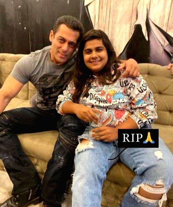 Salman Khan mourns death of Bigg Boss talent manager Pista Dhakad. (photo:Twitter) - Salman Khan