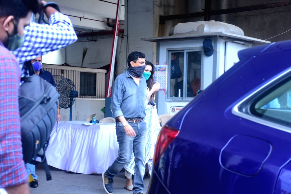 Salman Khan & Sohail Khan Took 2nd Dose Of Covid-19 Vaccine In Dadar On Friday, 14 may, 2021. - Salman Khan and Sohail Khan Took