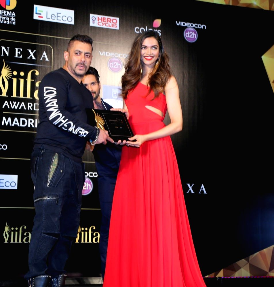 Salman Khan with Deepika Padukone during the IIFA 2016 opening press conference in Madrid on June 23, 2016. - Salman Khan and Deepika Padukone