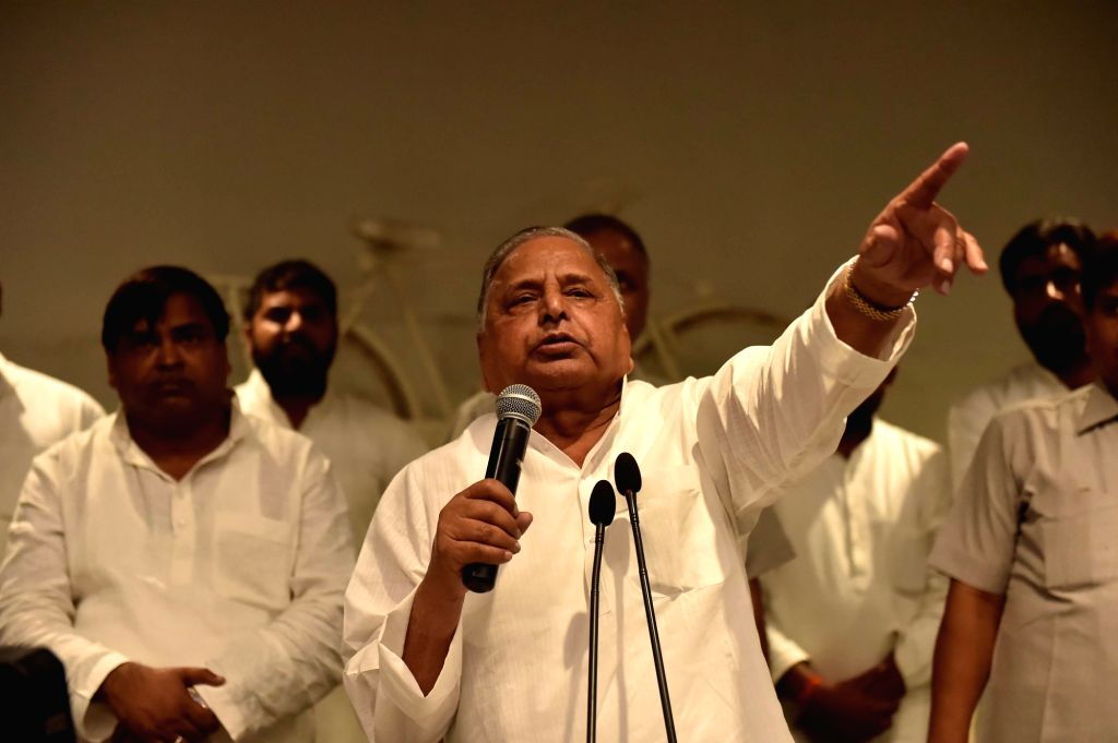 Samajwadi Party chief Mulayam Singh Yadav addresses a press conference at party office in Lucknow on Sept 16, 2016. - Mulayam Singh Yadav
