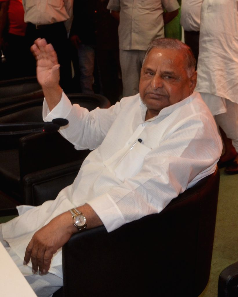Samajwadi Party chief Mulayam Singh Yadav addresses a press conference at party office in Lucknow on Sept 17, 2016. - Mulayam Singh Yadav