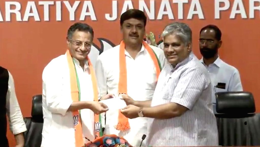 Samajwadi Party leaders Surendra Singh Nagar and Sanjay Seth join BJP in the presence of the party's National General Secretary Bhupender Yadav at the party's headquarters, in New Delhi on ... - Surendra Singh Nagar and Sanjay Seth