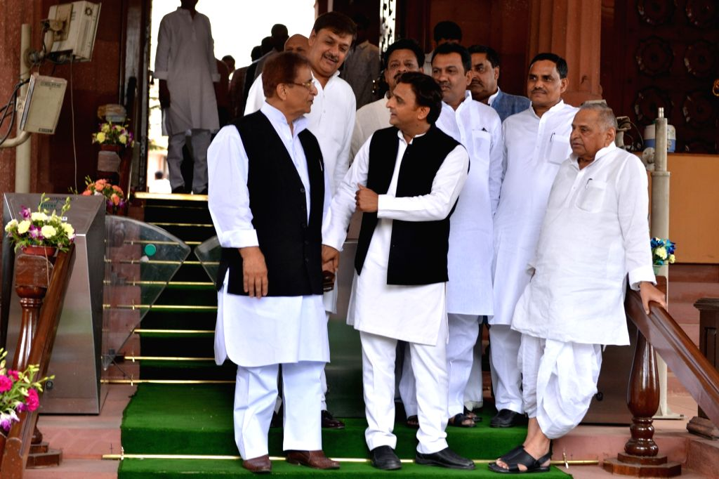 Samajwadi Party MPs Mulayam Singh Yadav, Akhilesh Yadav and Azam Khan at Parliament in New Delhi on June 17, 2019. - Mulayam Singh Yadav, Akhilesh Yadav and Azam Khan