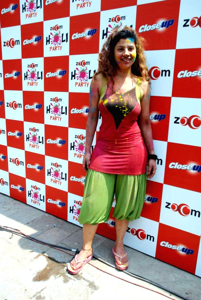 Sambhavna Seth at Zoom Holi bash. - Sambhavna Seth