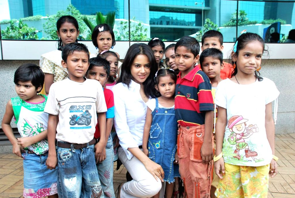 Sameera Reddy the Brand Ambassador of Dreams Home NGO at Bandra.