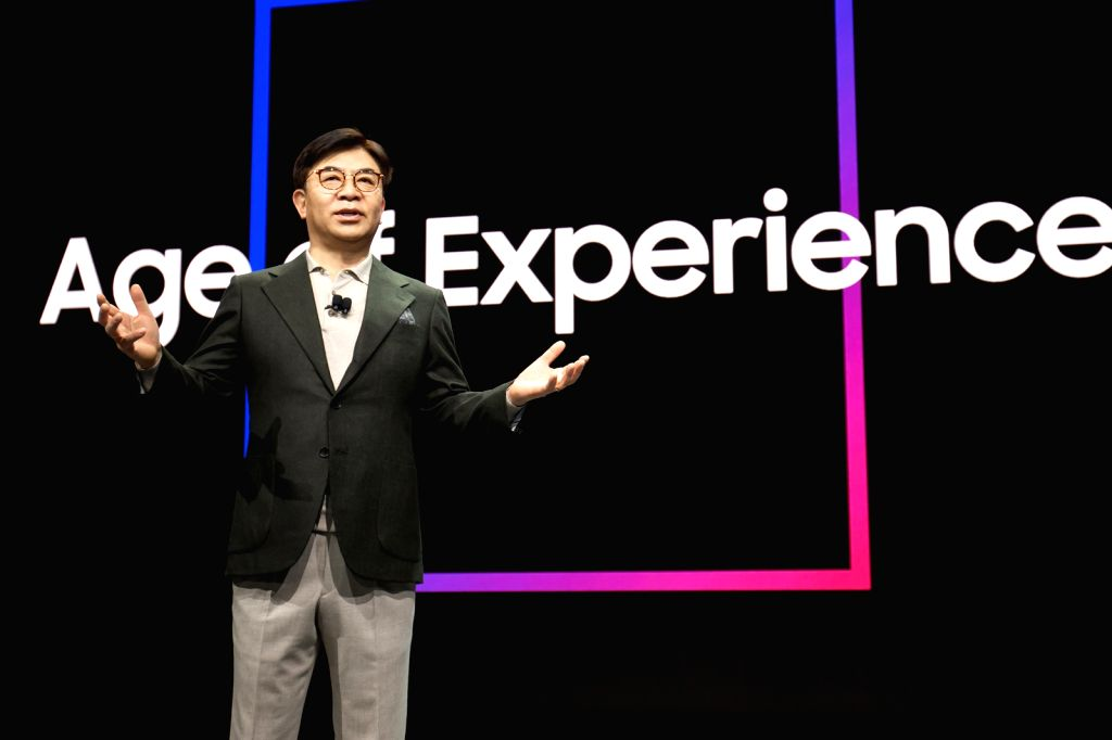 Samsung declares next decade as 'Age of Experience' at CES
